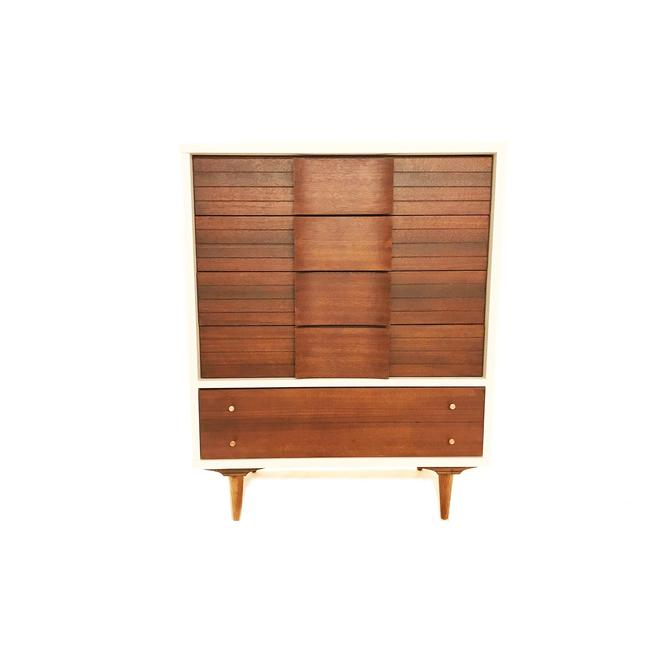 Vintage Mid Century Dresser In White and Wood by minthome