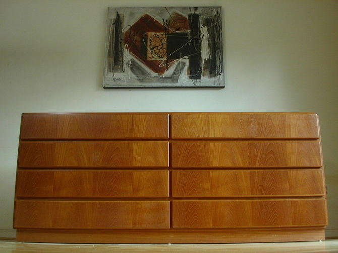 Danish Modern Teak 8 Drawer Dresser Credenza From Komfort - Near MINT