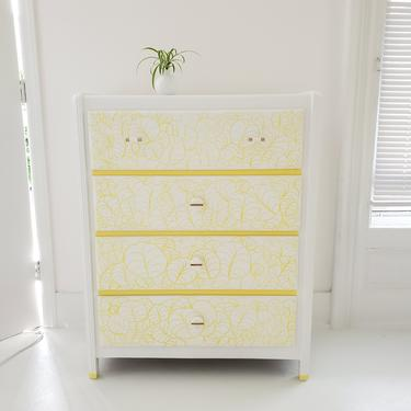 Sunny dresser, chest of drawers