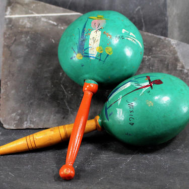 Maracas - Vintage Hand Painted Maracas - Mexico Souvenir - Green painted Gourd with Abstract Hand Painted Figures | FREE SHIPPING by Trovetorium