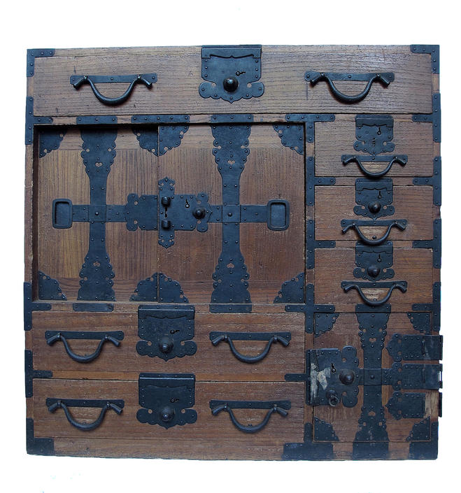 15D6 Choba Tansu w/ Secret Compartment (Awaiting restoration)
