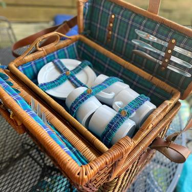 Blue Wicker Basket w Ceramic Set for 4 by AntiquetoChicChicago