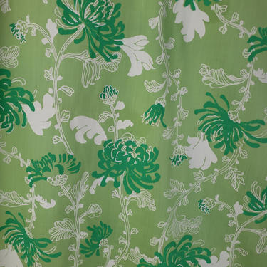 Vintage 1950's Floral Print Fabric / 60s Green Moms Mums Fabric by SilhouettetsyVintage