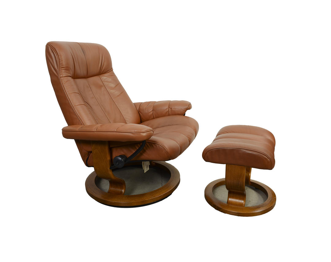 Awe Inspiring Leather Ekornes Stressless Reclining Chair Ottoman Norway Mid Century Modern By Hearthsidehome From Hearthside Home Of Poolesville Md Gamerscity Chair Design For Home Gamerscityorg