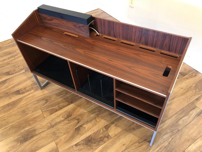 Bang & Olufsen SC80 Rosewood Stereo Console
