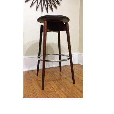 Pleasant Mid Century Modern Walnut Swivel Black Retro Bar Stool Ncnpc Chair Design For Home Ncnpcorg