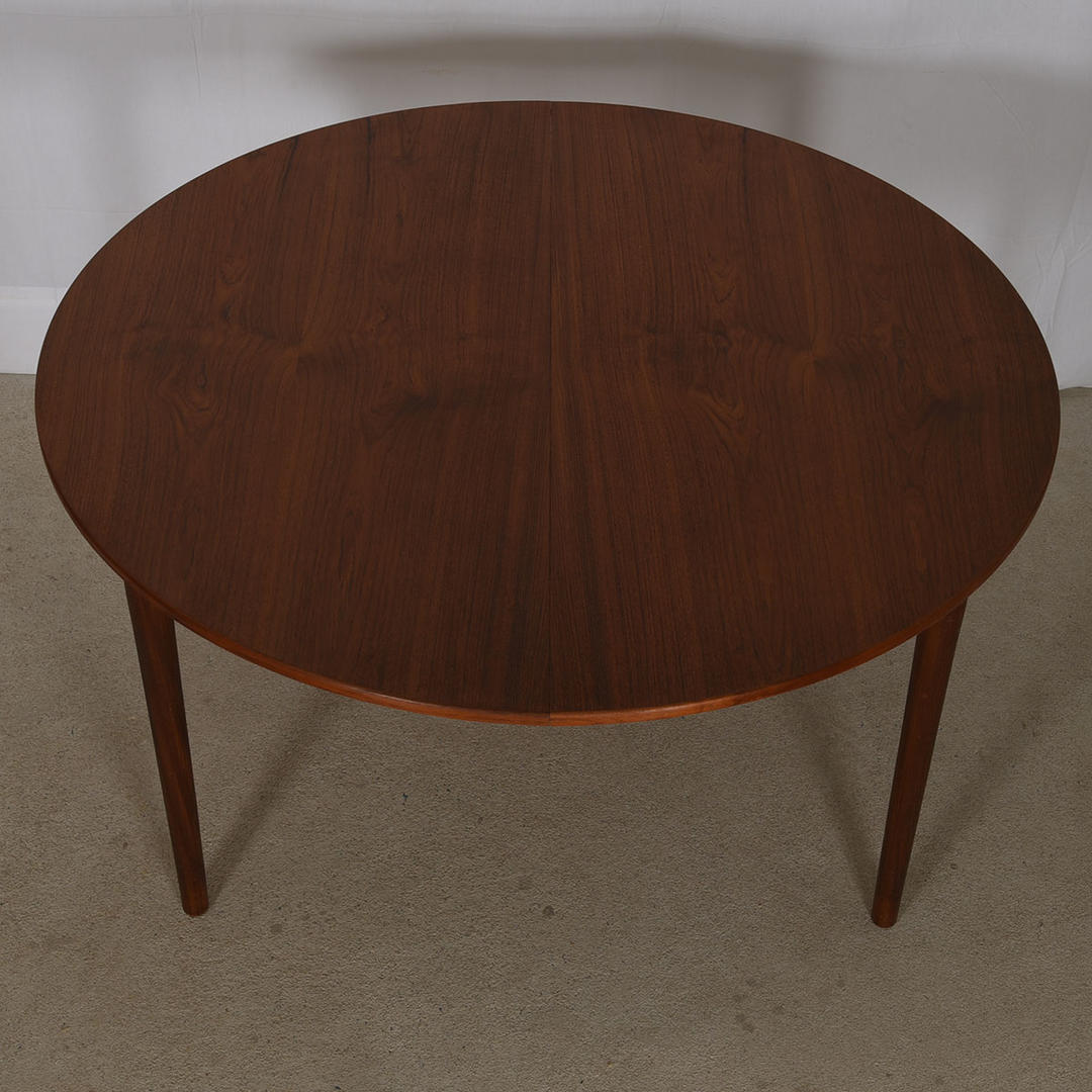 Danish Teak Round To Oval Expanding Dining Table From