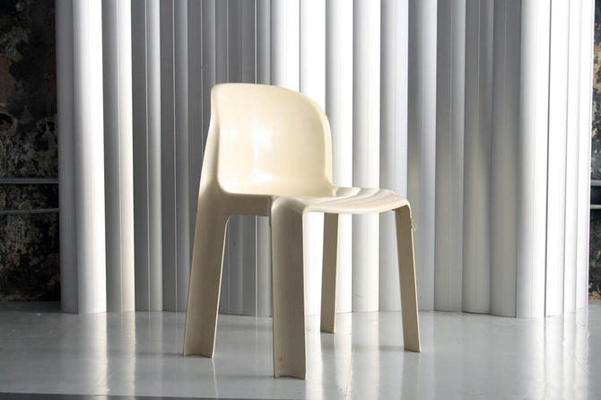 UPO plastic chair -made in Finland