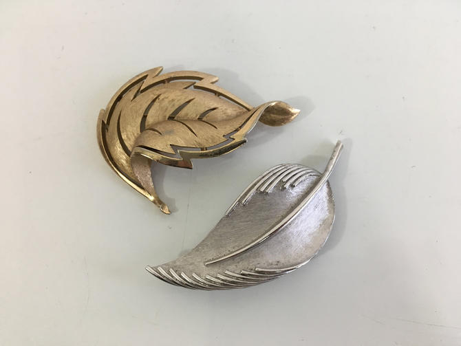 Vintage Trifari Pin Jewelry Set of Two (2) Brooch Silver Gold Jewelry Bridal Style Leaf Leaves Feather Feathers Costume Jewelry by CheckEngineVintage