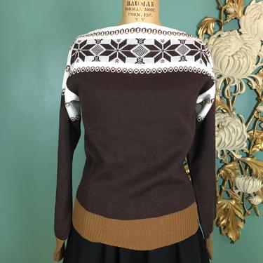 1970s sweater, vintage sweater, brown acrylic, snowflake print, boatneck top, cropped sweater, 70s knit top, medium, Avon fashions, border by BlackLabelVintageWA