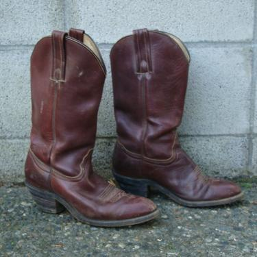 Frye Cowboy Boots Distressed Vintage 1980s Rich Deep Burgundy Brown Men's size 8 1/2 by purevintageclothing