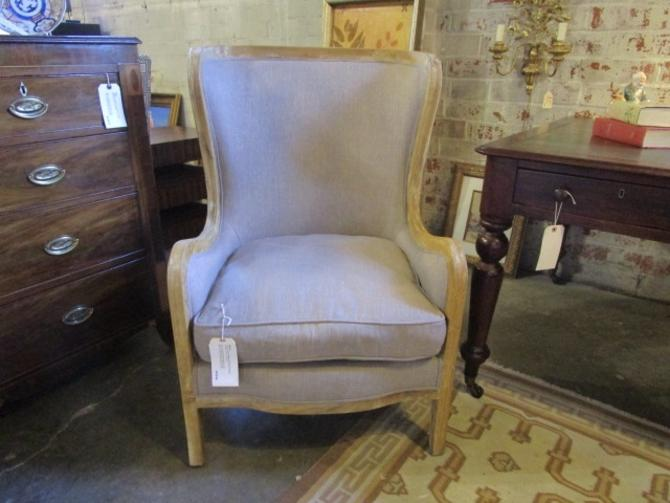 LARGE WING CHAIR IN GREY LINEN FABRIC