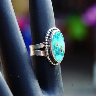 Vintage Native American Petite Silver Turquoise Ring, Marbled Turquoise Gemstone, Silver Bead Setting, Wide Spilt Prong Band, Size 4 US by shopGoodsVintage