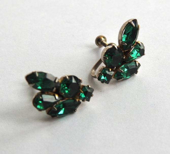 Green Mid Century Rhinestone Earrings by LegendaryBeast