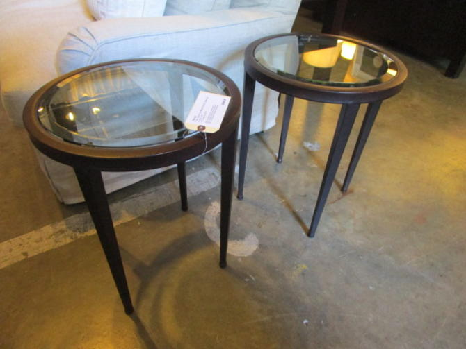 PAIR OF ROUND ACCENT TABLES WITH GLASS TOP IN BRONZE FINISH