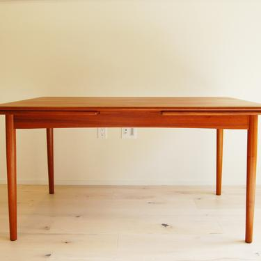 Danish Modern Teak Dining Table with 2 Draw-leaf Extensions by GP Farum Made in Denmark by MidCentury55