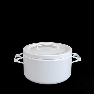 Vintage Mid Century Modern Enamelware Seppo Matte ARABIA of Finland Lg. WHITE Enamel Metal Pot w Lid like Kobenstyle Finnish Design MCM by SwankyChaperooo