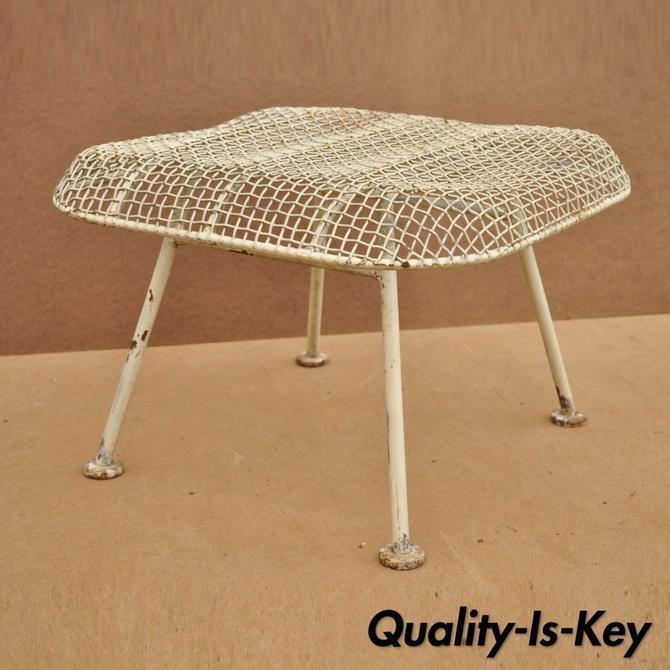 Vintage Russell Woodard Sculptura Metal Mesh Wrought Iron Ottoman Footstool