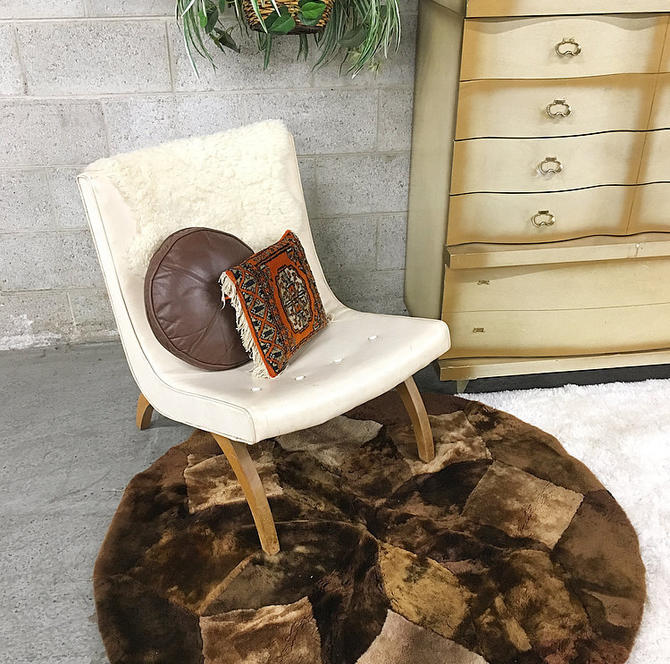 LOCAL PICKUP ONLY Vintage Lounge Chair Retro 1960s Brown Wood Frame + Curved Feet + Creme Vinyl Seat + Mcm + Boomerang Style + Lounge Chair by RetrospectVintage215