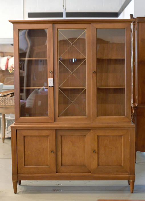 CUSTOMIZABLE - Mid Century Modern China Cabinet Hutch - One piece china cabinet by UniquebyRuth