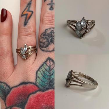 1950s / 1960s - women's silver ring - 3 marquise cut aquamarine gemstones - size 6 by FastDollFineVintage