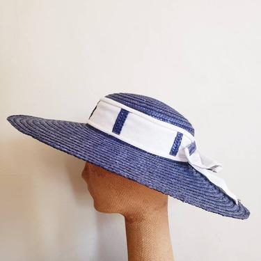 80s Does 50s Blue and White Straw Sun Hat / Retro Style Sun Hat Riviera Beach Platter Saucer Navy Blue Nautical / Betmar by RareJuleVintage