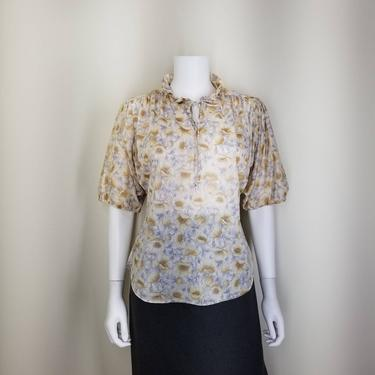 Vintage 70s Peasant Blouse, Medium / Neutral Crepe Puff Sleeve Blouse / Boho 1970s Beige Floral Short Sleeve Top / Ruffle Collar Blouse by SoughtClothier
