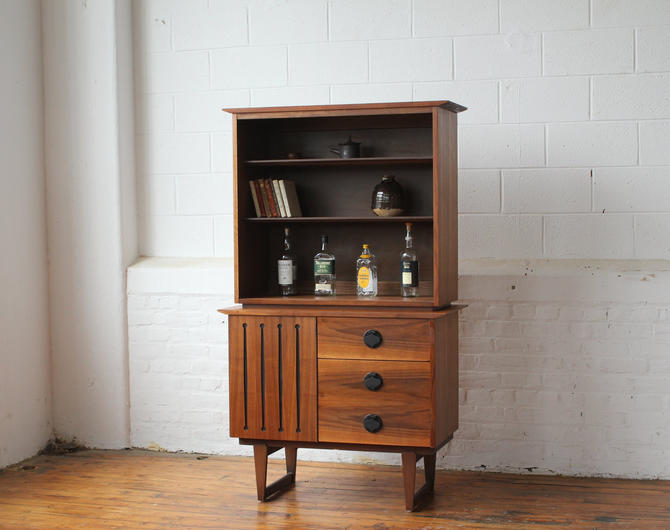 Restored Compact Mid Century Modern Walnut Bookshelf and Cabinet by NijiFurnishing