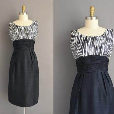 1950s vintage dress | Navy Blue Silk Cocktail Party Pencil Skirt Dress | Small | 50s dress by simplicityisbliss