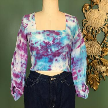 1970s crop top, tie dyed shirt, vintage 70s top, smocked blouse, size small, hippie shirt, peasant sleeves, festival style, bohemian blouse by BlackLabelVintageWA