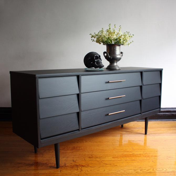 Matte Black Mid Century Modern Dresser by Dixie//Vintage MCM Media Console//Refinished Modern Dresser//Mid-Century Sideboard/Buffet/TV Stand by RavenswoodRevival