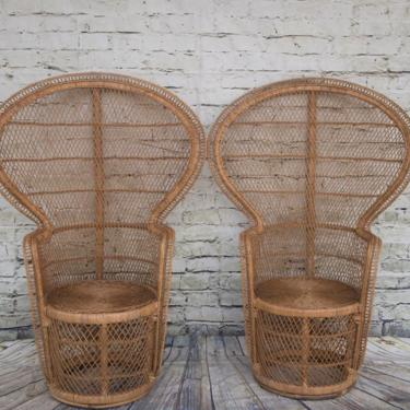 SHIPPING NOT FREE!!! Set of 2 Vintage Peacock Clam Shell Shape Chairs by WorldofWicker