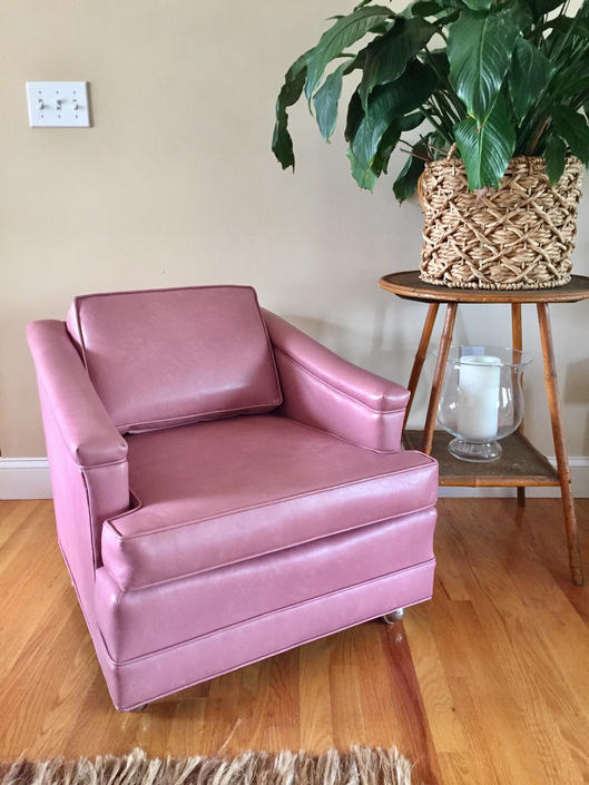 SALE Mid century pink vinyl lounge chair on casters vintage pink ...
