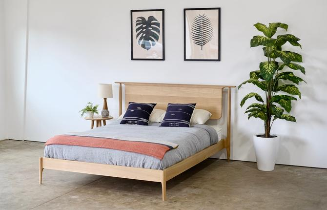 Solid Oak Modern Platform Bed, Handmade Mid Century Wood Storage Bed, Hardwood Bedframe with Headboard by BeautyBreadWoodshop