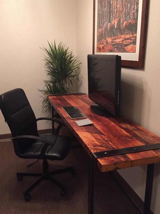 Free shipping, Industrial Desk. Reclaimed wood desk. Rugged desk. Wood and steel desk. Iron banded desk. Office desk. Work desk. Old wooden by UrbanIndustrialNW