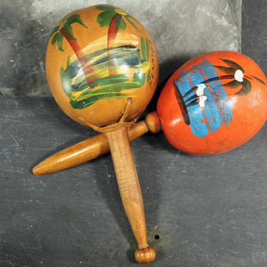 Maracas - Vintage Hand Painted Mix and Match Maracas - Florida and Puerto Rico Souvenirs - Yellow and Orange painted Gourd by Bixley