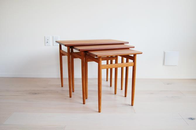 Scandinavian Modern Teak and Oak Nesting Tables Tove and Edvard Kindt-Larsen for Original Seffle Made in Sweden by MidCentury55