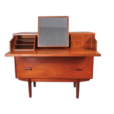 Børge Mogensen Teak Vanity Dresser, Teak Dresser, Mid Century Modern Dresser, Chest of Drawers, Danish Teak, Vintage Teak Dresser by VivaLaVintagedotTX