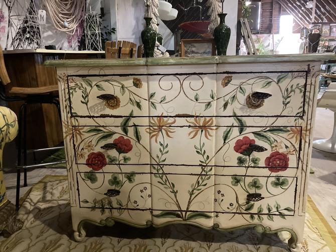 Botanical Painted Dresser