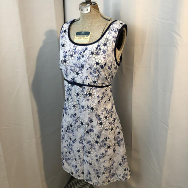 90s vintage baby doll dress blue and white Daisies Daisy 579 M by RadioRadioVintage