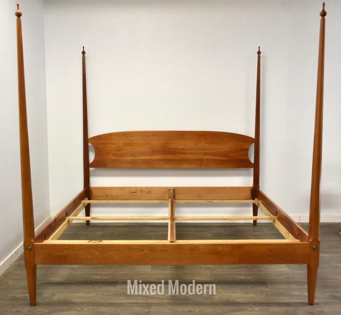 Pencil Post Cherry King Bed by Harden by mixedmodern1