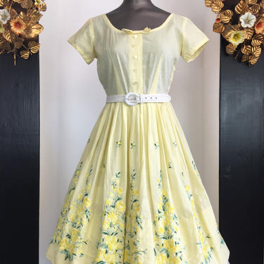 1950s cotton dress, fit and flare dress, yellow embroidered dress, vintage 50s dress, full skirt dress, size small, mrs maisel style, 26 by melsvanity