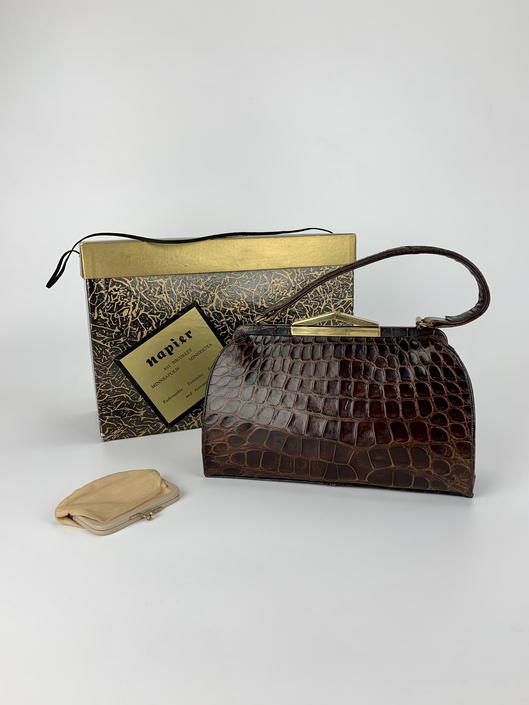 1950s Top Handle Alligator Handbag - Genuine Quality Alligator - Luxury Vintage Goods - Excellent Condition by GabrielasVintage