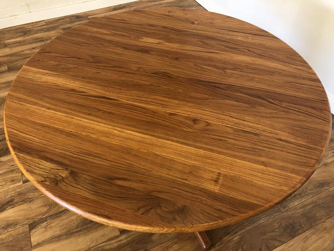Danish Modern Solid Teak Expandable Dining Table