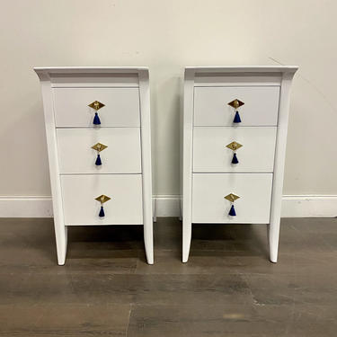 AVAILABLE: Set of 2 - White Lacquered Drexel Nightstands by VintageRefinedDecor