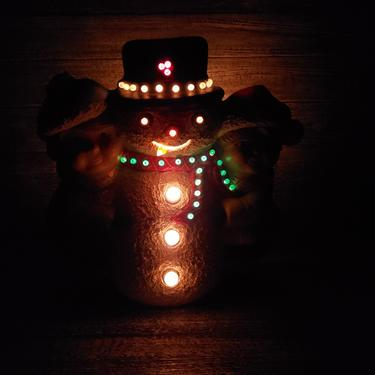 Vintage Snowman Light, Lighted Frosty the Snowman & Friends Table Lamp, Ceramic Christmas Snowman Decor, Winter Decor, Vintage Holiday by AGoGoVintage