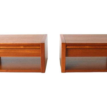 Modernist Poul Hundevad Teak Floating Shelf/Tables