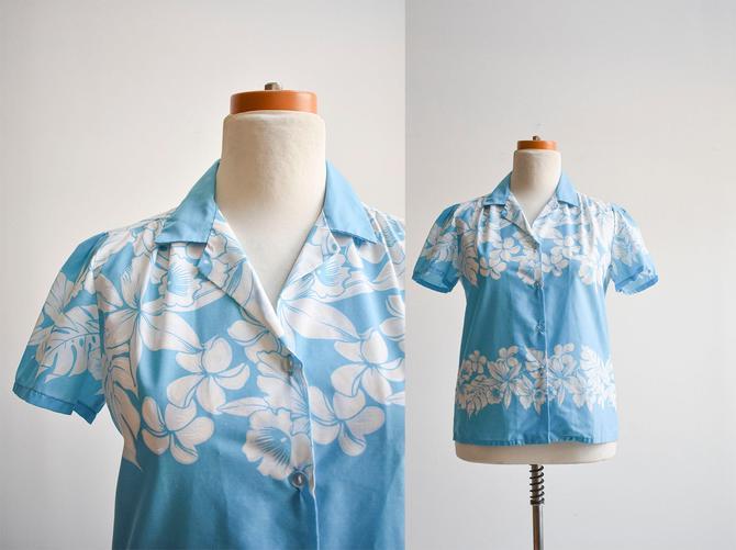 Vintage Blue & White Hawaiian Button Up Blouse by milkandice