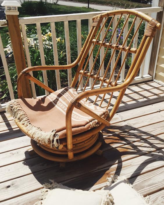 Astounding Mid Century Rattan Swivel Rocker Rattan Swivel Chair Customarchery Wood Chair Design Ideas Customarcherynet