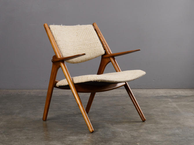 Mid-Century Modern Lounge Chair Wegner Sawbuck-Style by MadsenModern